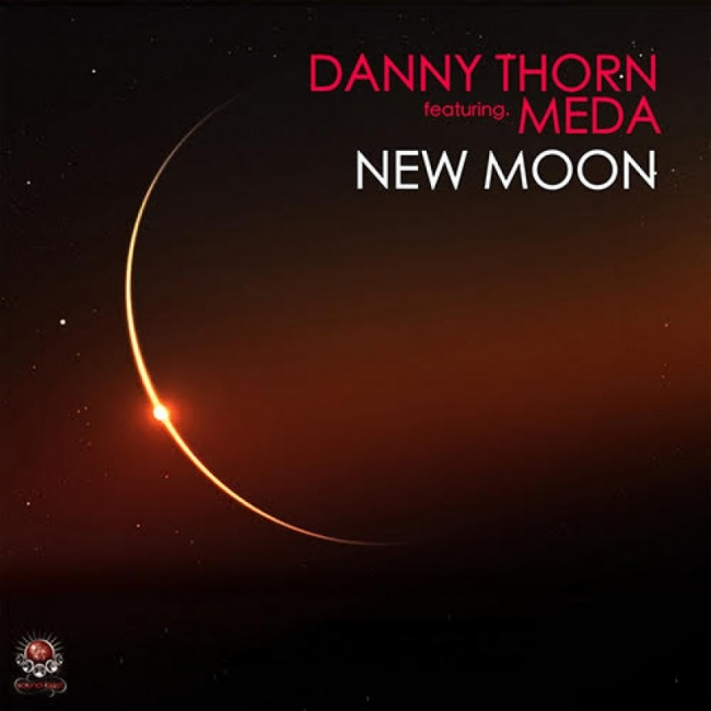 New Single | Danny Thorn feat. Meda - New Moon